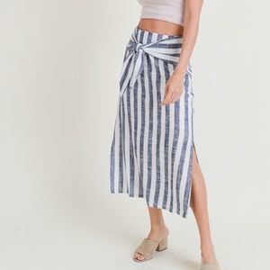 NEW in stock sur tie linen skirt by Doe and Rae